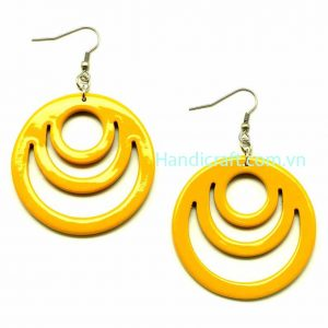 Circle lacquer earrings